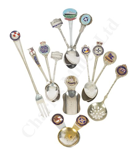 Lot 134 - A COLLECTION OF PLATED LINER SOUVENIRS (14)