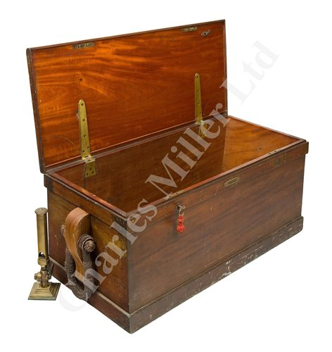 Lot 146 - A FINELY CONSTRUCTED TEAK BLANKET BOX FROM THE STEAM YACHT 'NORIAN', CIRCA 1910
