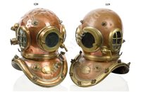 Lot 119-A 12-BOLT DIVING HELMET BY SIEBE GORMAN & CO. LTD NO. 4583 (MATCHING), CIRCA 1930