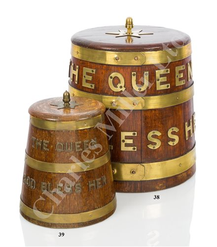 Lot 39 - A ROYAL NAVY GROG CASK PATTERN ICE BUCKET, SECOND-HALF 20TH CENTURY
