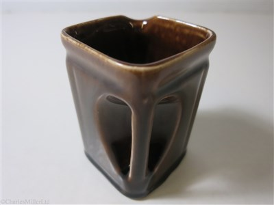 Lot 42-CUNARD WHITE STAR: A THIRD CLASS BROWN GLAZE CHINA CUBE JUG BY CLEWS & CO. LTD. TUNSTALL, CIRCA 1935