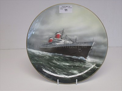 Lot 11-Blue Riband Liners: A souvenir picture plate of 'United States'