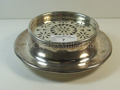 Lot 7-An Anchor Line plated butter dish