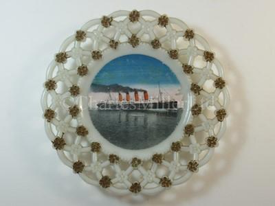 Lot 45 - A Cunard glass ribbon plate, from R.M.S. 'Mauretania'