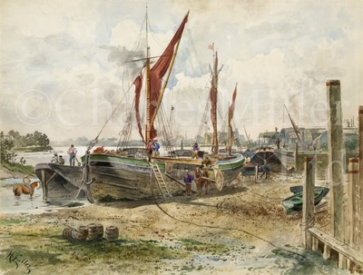 Lot 7 - H. FULLER (ENGLISH, EARLY 20TH CENTURY) : Beached sailing barges at low tide on the upper Thames