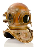 Lot 109-A GOOD 12-BOLT DIVING HELMET BY SIEBE GORMAN &...