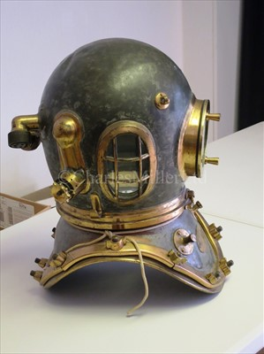 Lot 222-A 12-BOLT DIVING HELMET AND SUIT BY SIEBE,...